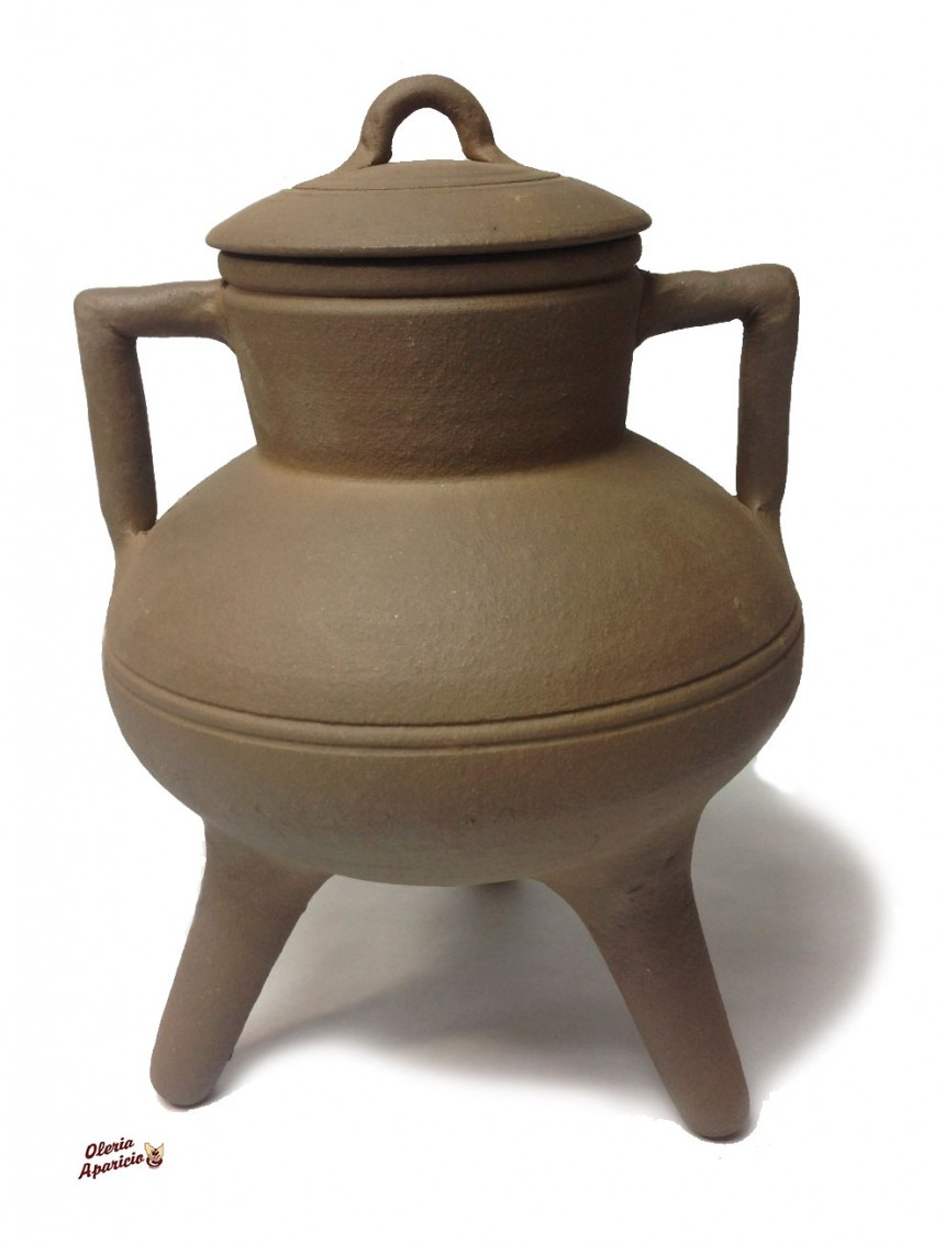 Pote tradicional gallego de barro